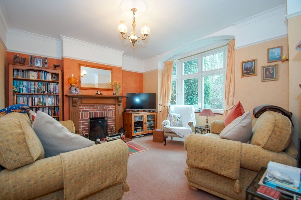 3 bed detached for sale in Stourbridge Road, Fairfield, Bromsgrove, B61 4