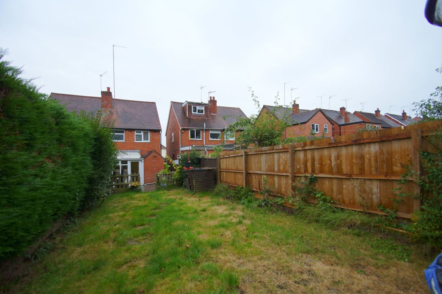 2 bed semi-detached for sale in The Meadway, Headless Cross  - Property Image 10