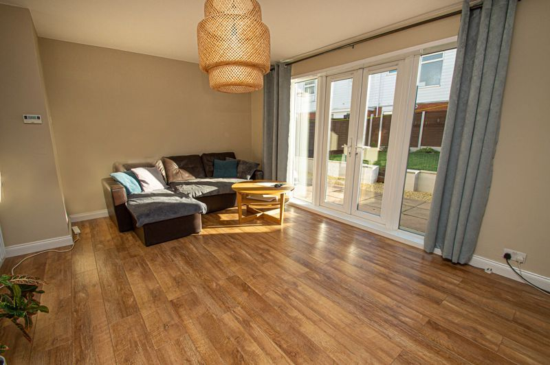 4 bed house for sale in Dormston Close 2