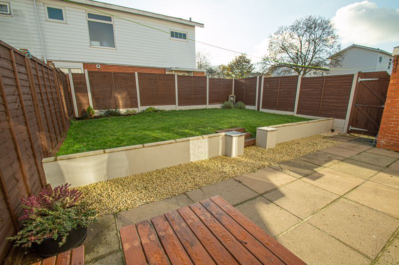 4 bed house for sale in Dormston Close 13