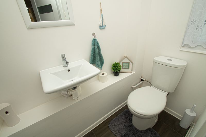 4 bed house for sale in Dormston Close  - Property Image 6
