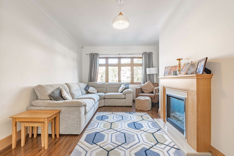 3 bed house for sale in Barrs Road 3