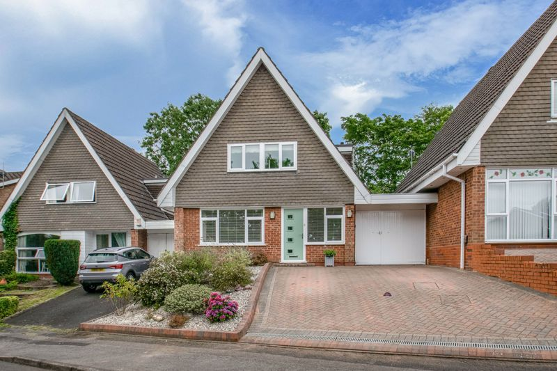 4 bed house for sale in Alveston Close 1