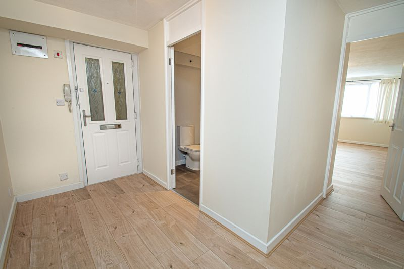 2 bed flat for sale in Leysters Close 9
