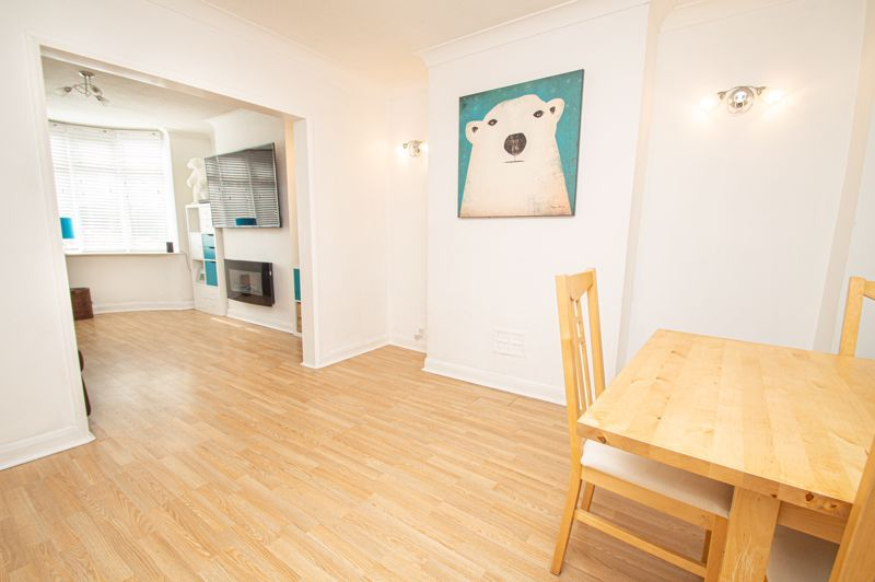 3 bed house for sale in Dennis Hall Road  - Property Image 3