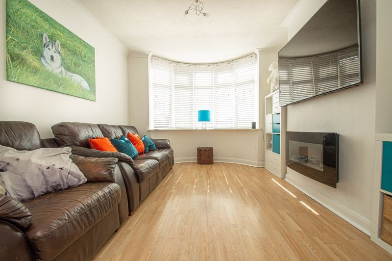 3 bed house for sale in Dennis Hall Road 5