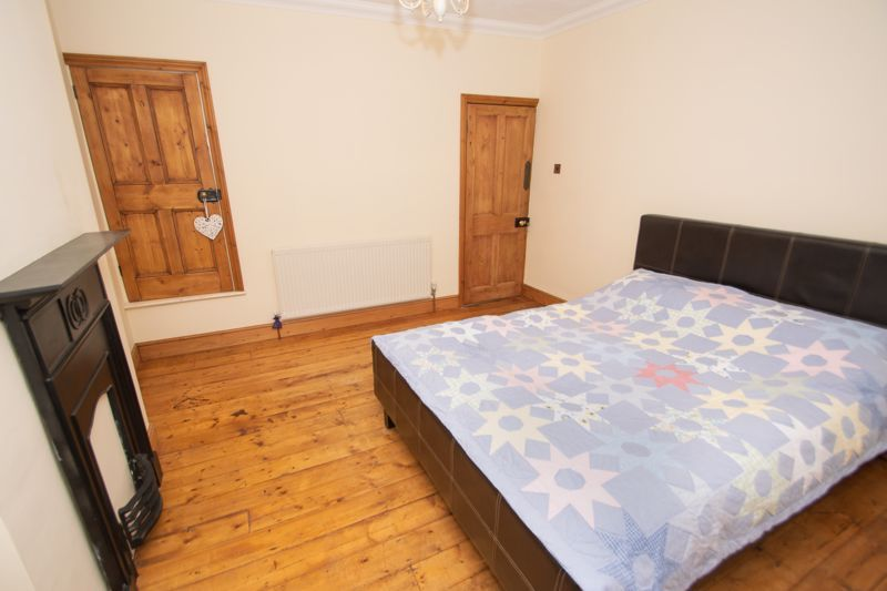 2 bed house for sale in Collis Street 9