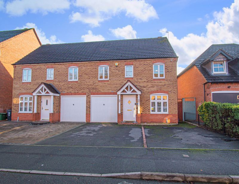 3 bed house for sale in Rosedale Close - Property Image 1
