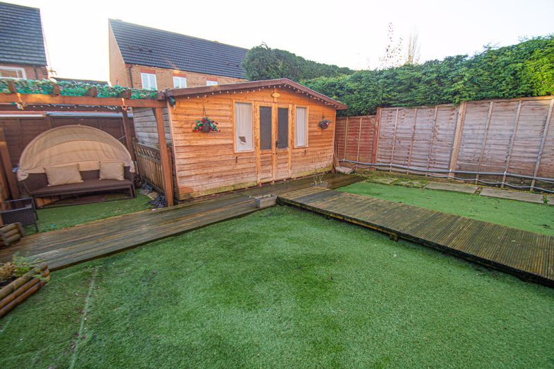 3 bed house for sale in Rosedale Close 14