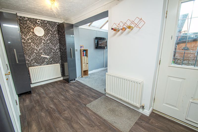 3 bed house for sale in Rosedale Close 16