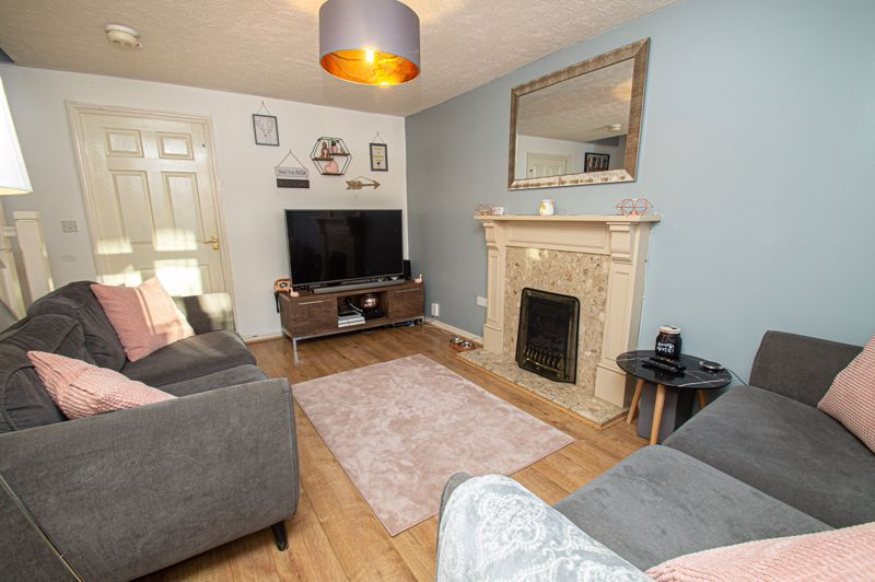 3 bed house for sale in Rosedale Close  - Property Image 3
