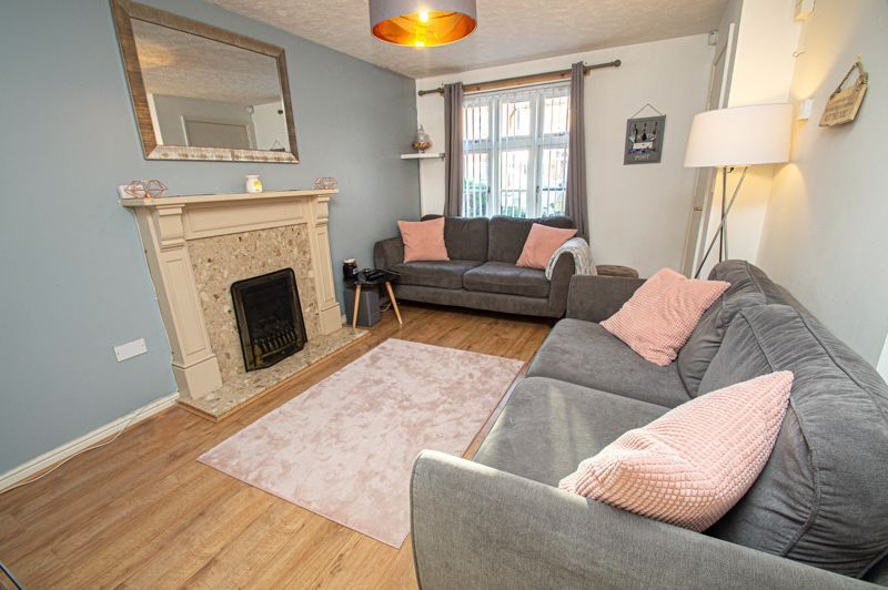 3 bed house for sale in Rosedale Close  - Property Image 4
