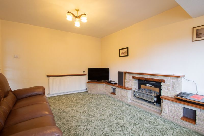 3 bed house for sale in Drew Crescent  - Property Image 11