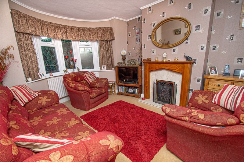 3 bed house for sale in Penmanor 2