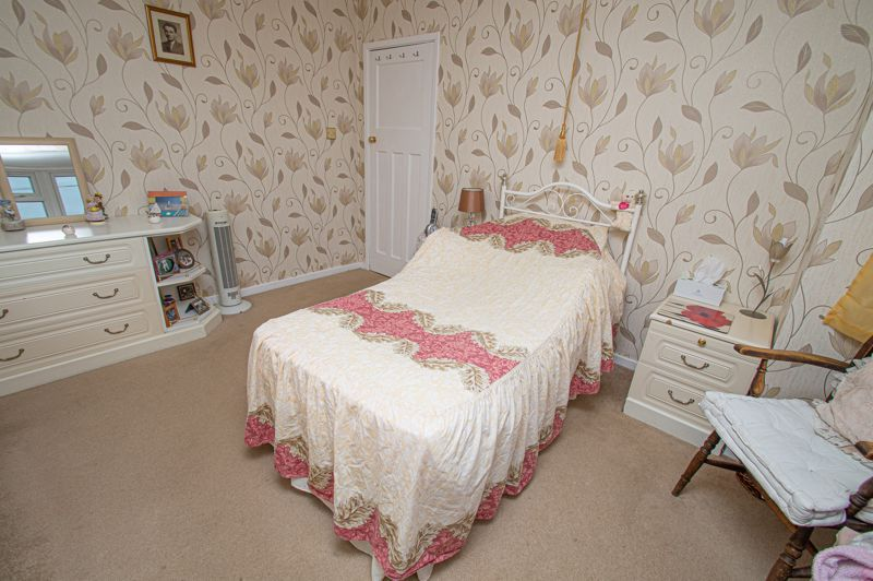 3 bed house for sale in Penmanor 11