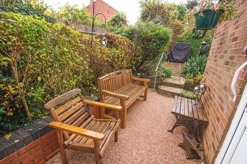 3 bed house for sale in Penmanor 14