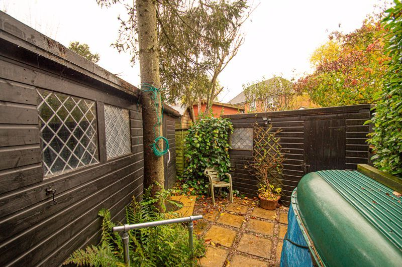 3 bed house for sale in Penmanor 17