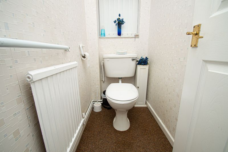3 bed house for sale in Penmanor 8
