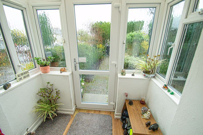 3 bed house for sale in Penmanor 9