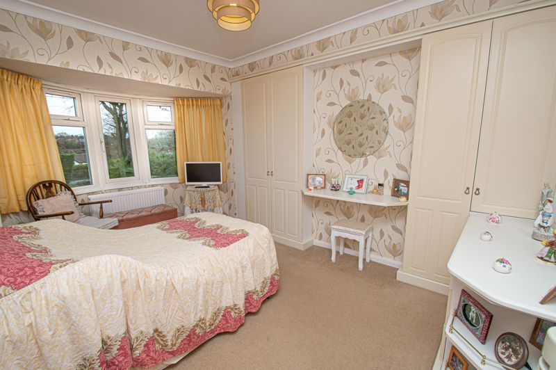 3 bed house for sale in Penmanor 10