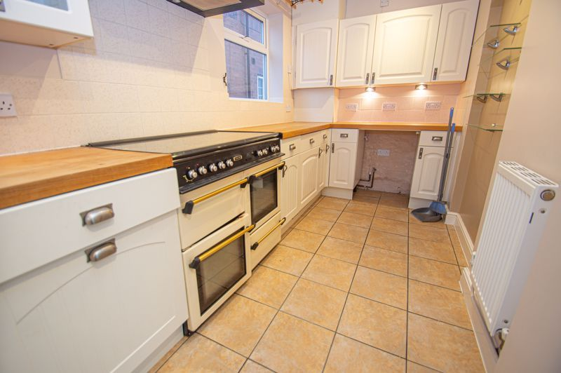 2 bed house for sale in Highfield Avenue  - Property Image 6