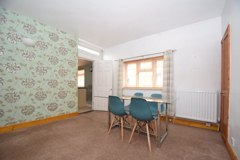 3 bed house for sale in Evesham Road 5
