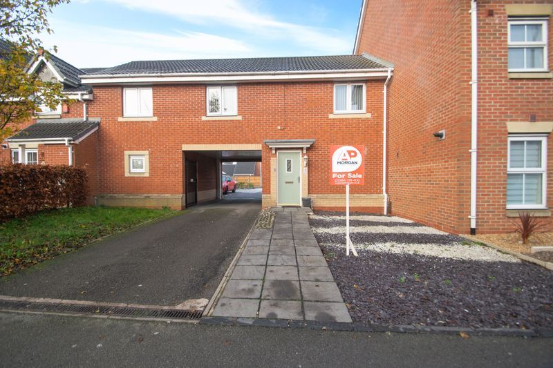 1 bed house for sale in Holly Road - Property Image 1