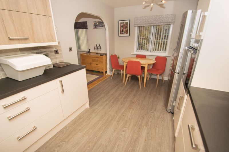1 bed house for sale in Holly Road  - Property Image 7