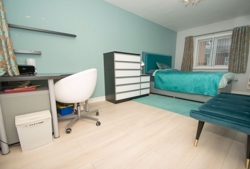 1 bed house for sale in Holly Road 8