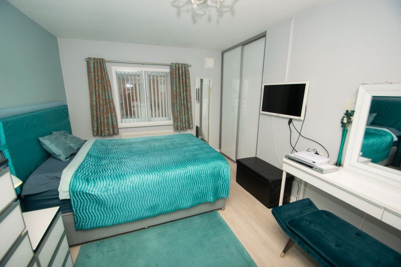 1 bed house for sale in Holly Road 9