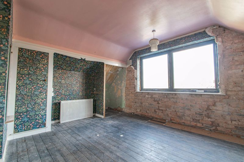 4 bed house for sale in Wentworth Road 8