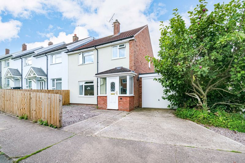 3 bed house for sale in Austin Road - Property Image 1