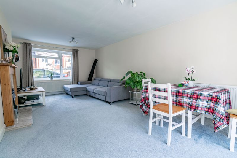 3 bed house for sale in Austin Road  - Property Image 4