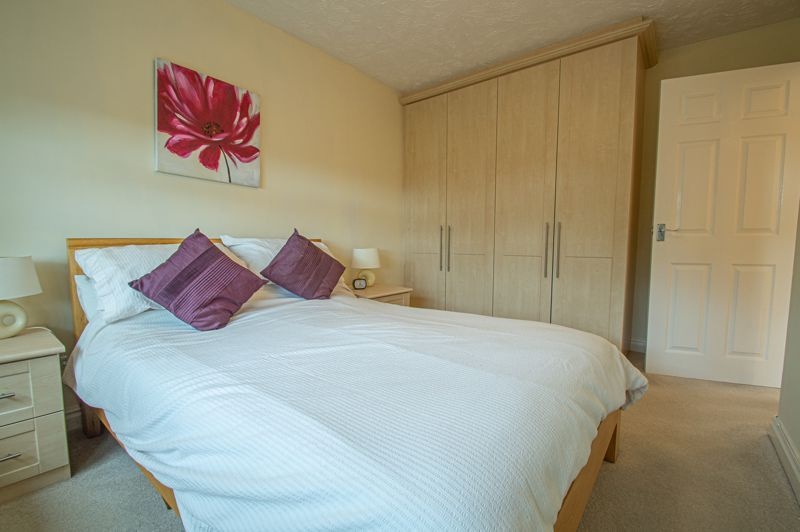 3 bed house for sale in Moorcroft Gardens 13