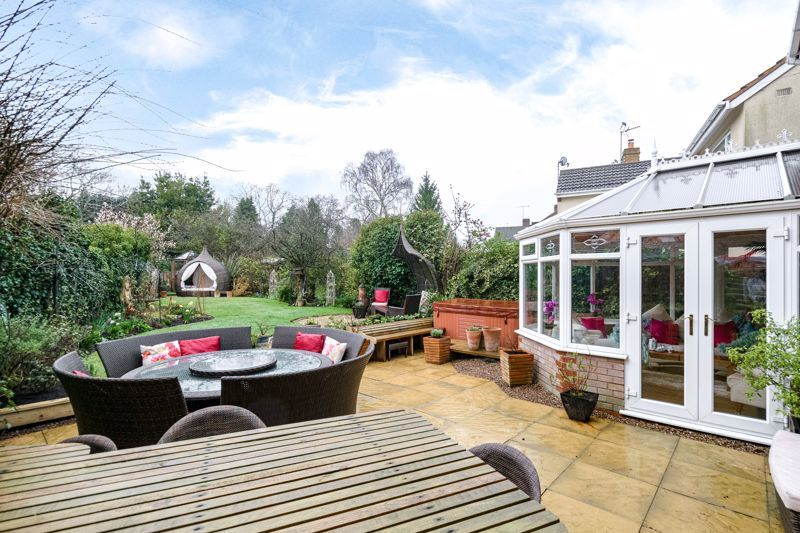 5 bed house for sale in Redditch Road 13