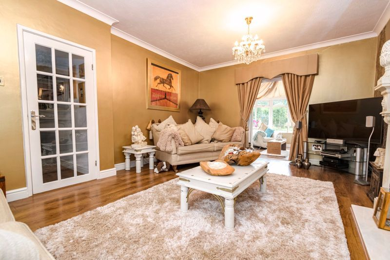5 bed house for sale in Redditch Road  - Property Image 5