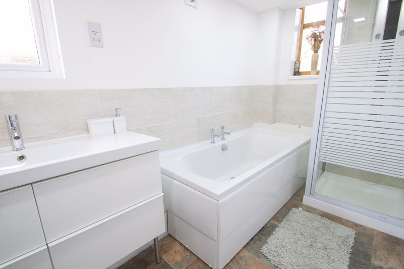 4 bed house for sale in King William Street 11