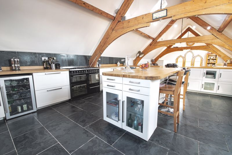 4 bed house for sale in King William Street 15