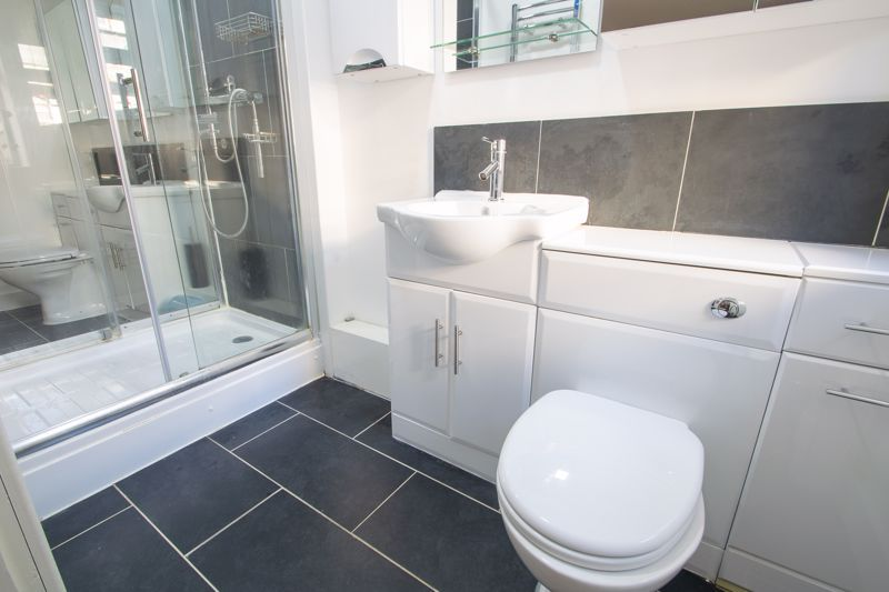 4 bed house for sale in King William Street 6