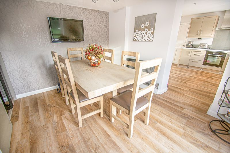 5 bed house for sale in Wolverton Close  - Property Image 7