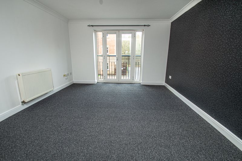2 bed flat for sale in Alder Carr Close 2