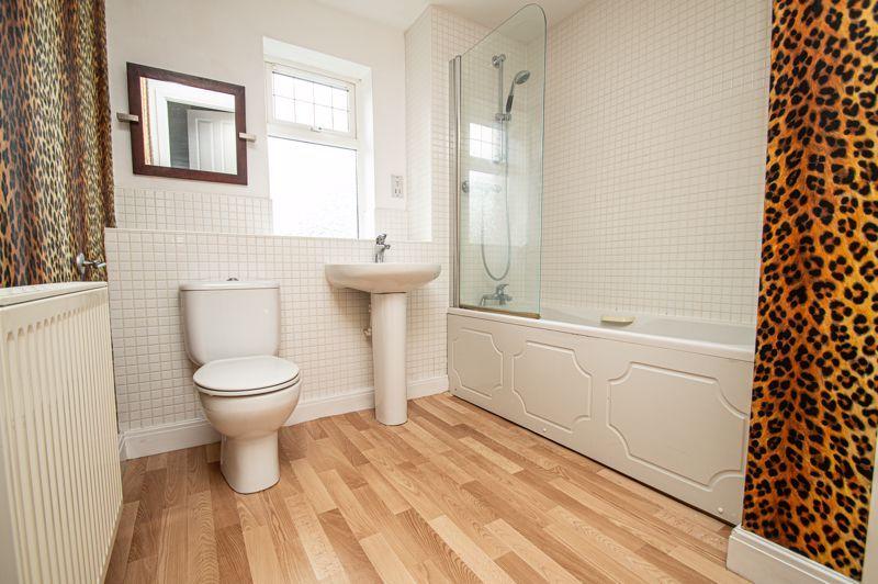 2 bed flat for sale in Alder Carr Close  - Property Image 11
