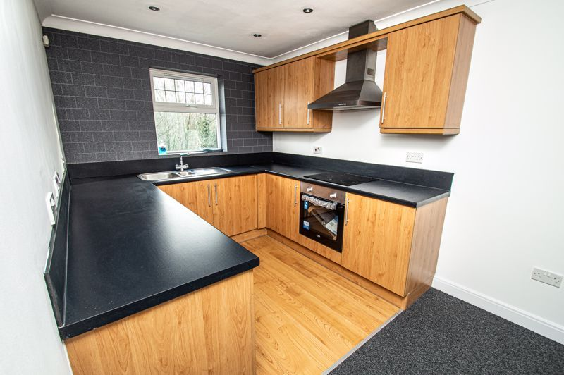 2 bed flat for sale in Alder Carr Close 6