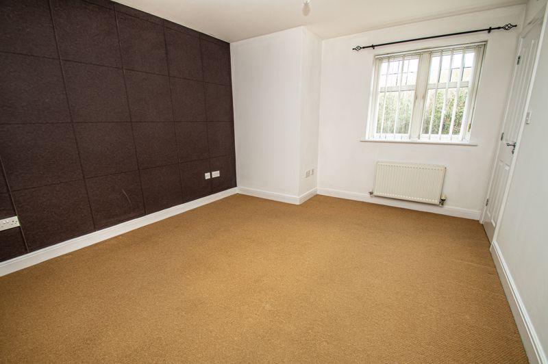 2 bed flat for sale in Alder Carr Close  - Property Image 8