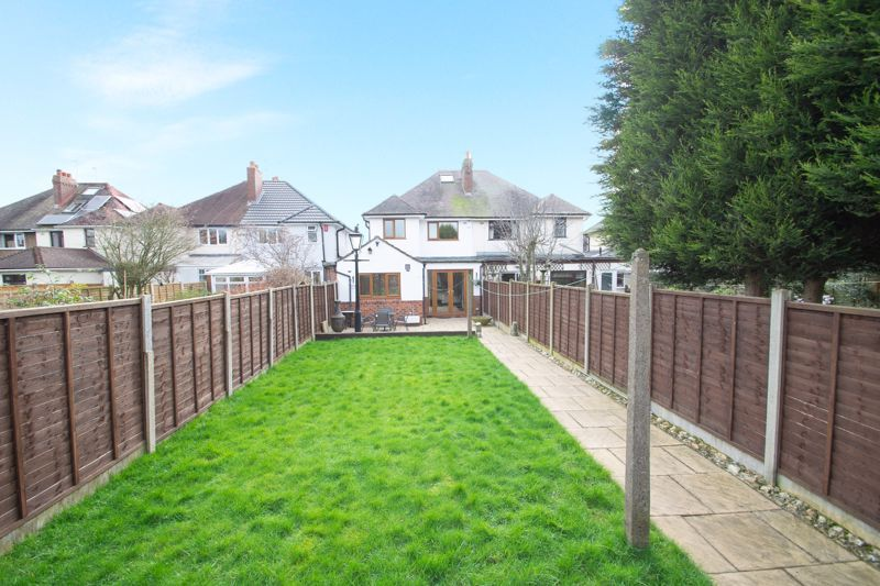 3 bed house for sale in Astley Crescent 12