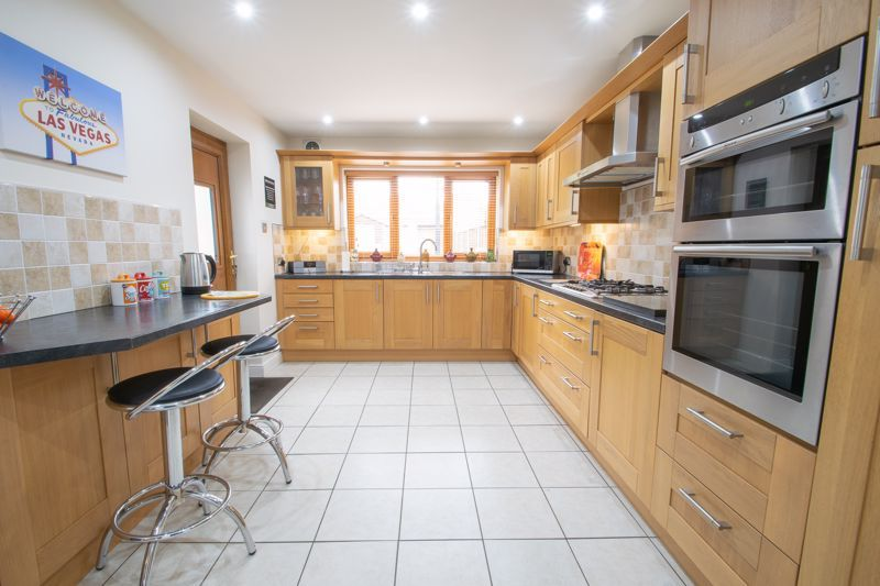 3 bed house for sale in Astley Crescent 6