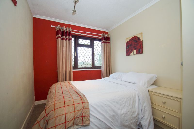 4 bed house for sale in Hanbury Road  - Property Image 10