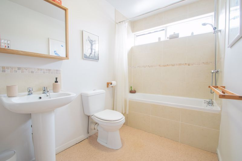3 bed house for sale in Mayfield Road 11