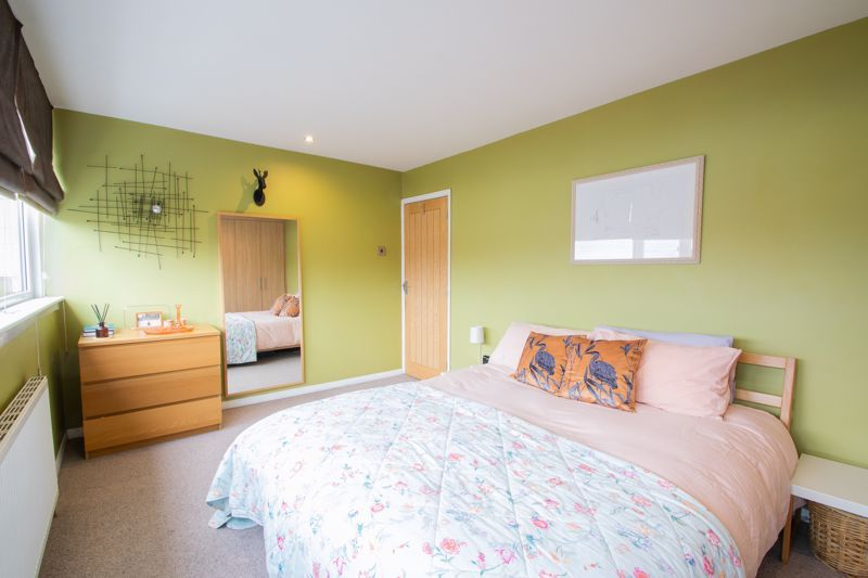 3 bed house for sale in Mayfield Road 17