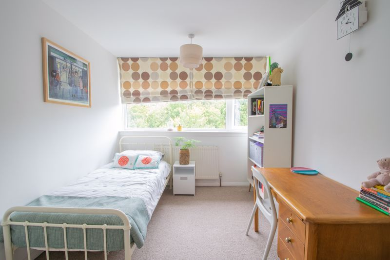 3 bed house for sale in Mayfield Road 8